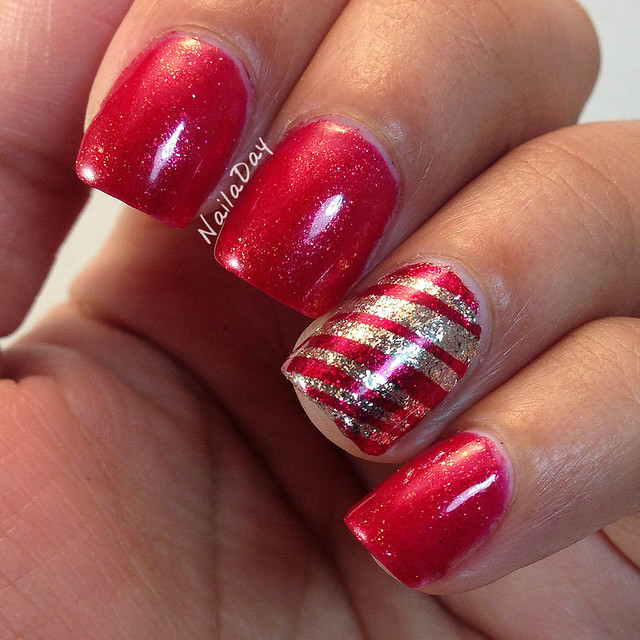 NailaDay: Candy Cane mani with Zoya Sarah and Lacquistry Amazeballz
