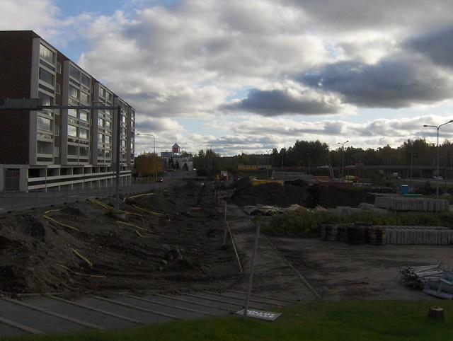 Hämeenlinnan moottoritiekate ja Goodman-kauppakeskus: Työmaatilanne 9.10.2011 - kuva 1