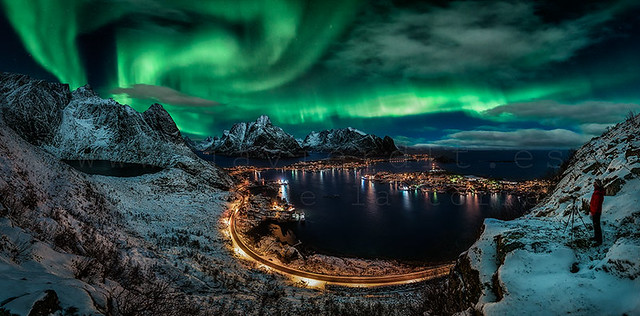 Javier de la Torre García - Chasing the Northern Lights