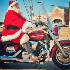 """I am trying to track down the inestimable """"motorcycle Santa"""" often seen cruising around the Kilgore and Henderson area during this time of year.   If you know him, could you please have him call (903) 232-7744 and ask to talk to me or City Editor Christin"""