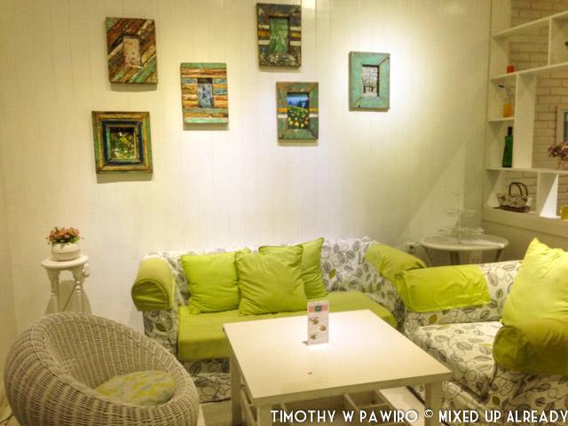 Indonesia - Bandung - Djoeroe Masak Restaurant - Dining area - Second Floor (01)