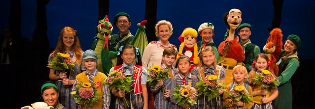 Nieuwe Sprookjesboom musical is een feestje in het Efteling Theater-uitgelichte afbeelding