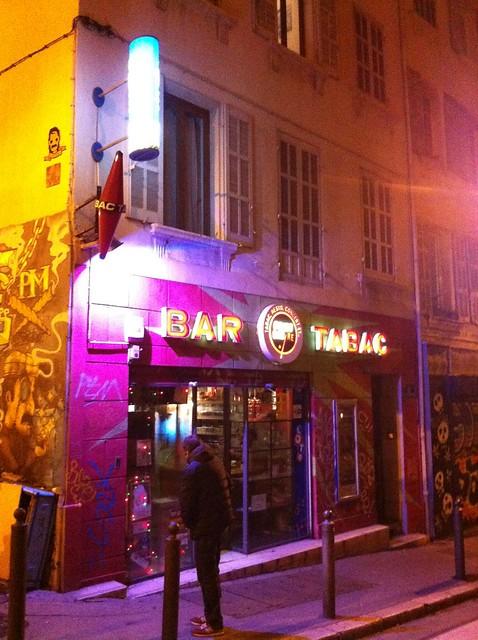 Le Point Bar/re by Pirlouiiiit 06122014