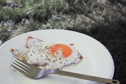 キャンプの朝ごはん