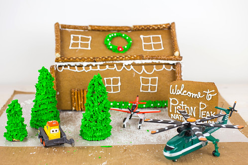 Planes Fire and Rescue Gingerbread House-15