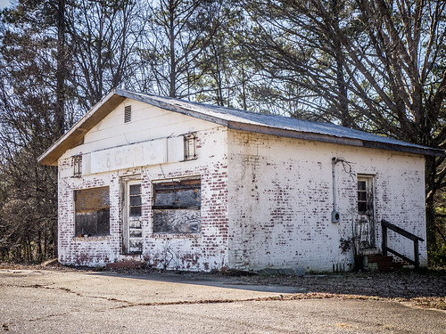 White Oak Store