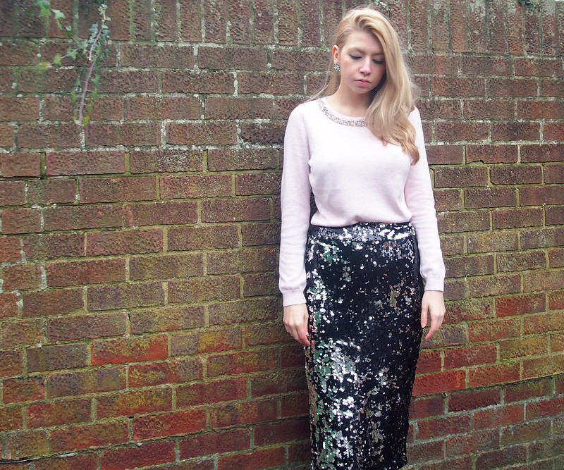 Embellished Jumper, Jewels, Neckline, How to Wear, Styling Inspiration, Outfit Ideas, Sam Muses, UK Fashion Blog, London Style Blogger