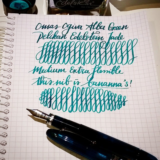 This nib is bannanas! 😍 #fountainpen #fpgeeks #omas #ogiva #alba #green #pelikanedelstein #jade #teal #pen #collection #collectibles #flexnibfriday #flessible #extraflessible #flexpen #flexnib