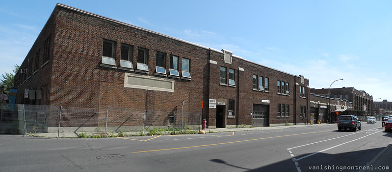 Old building on Henri-Julien and Bellechase panoramic (2013)
