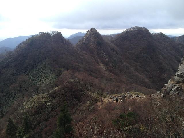 鎌ヶ岳 山頂直下より鎌尾根