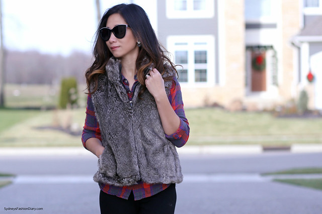 Banana Republic fur vest_SydneysFashionDiary