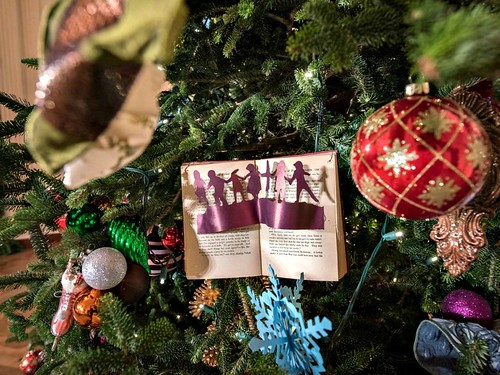 White House Tree Ornaments - East Room 2014