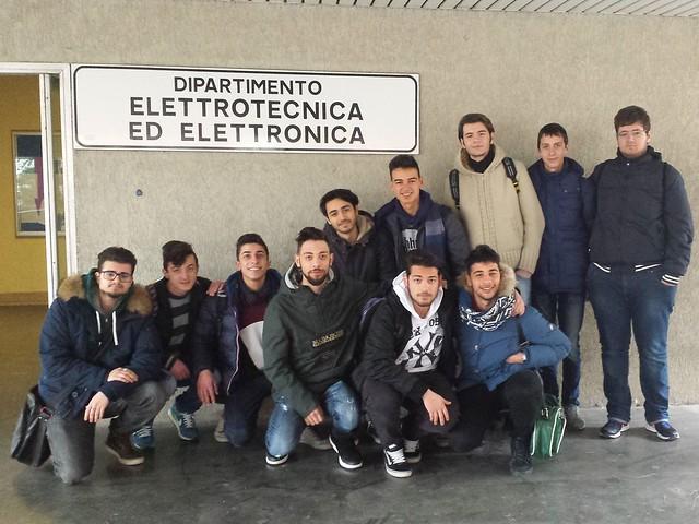 STUDENTI ITIS AL POLITECNICO