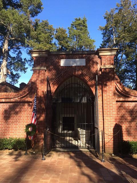 Washington tomb, Mount Vernon