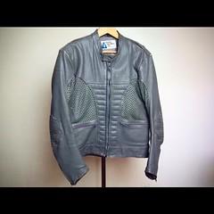 Motorcycle Jacket!! Well worn and broken in!! #creative #riderwear #rider #forsale #ebay #honda #suzuki #yamaha #kawasaki #leather