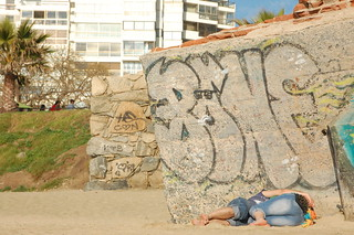 Beach Cuddling in Viña del Mar, Chile