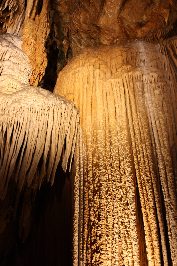Luray Caverns II stalactites