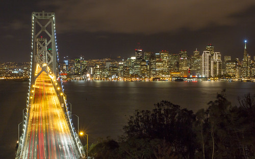 sanfrancisco nightphotography skyline night nightscape traffic cityscapes baybridge bayarea nightsky transamerica transamericapyramid yerbabuenaisland christianarballo