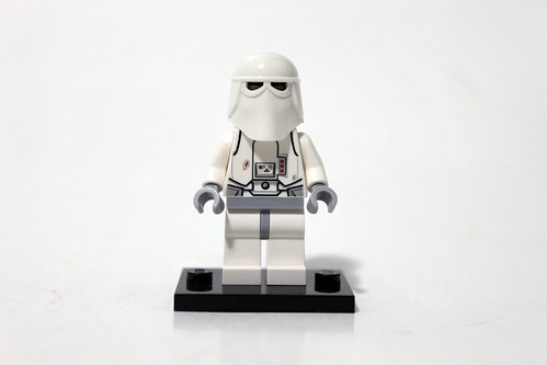 LEGO Star Wars 2014 Advent Calendar (75056) – Day 8 - Snowtrooper