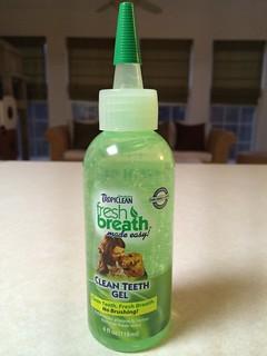 Tropiclean Clean Teeth Gel product review