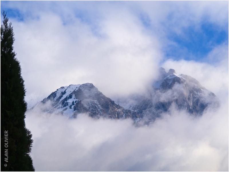 (Croix des) Têtes dans les nuages 15880140539_5ce65f8137_c