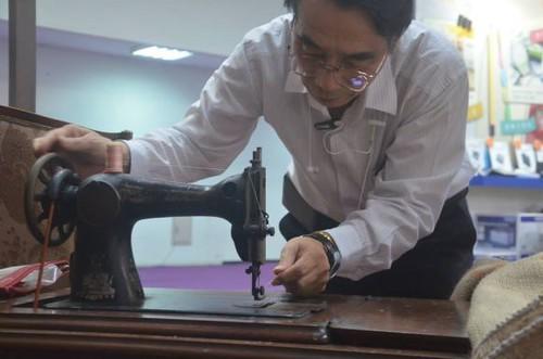 對縫紉機保有的熱情,讓張總至今仍熱愛維修古董機