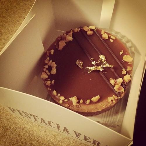 pistacia vera caramel tart