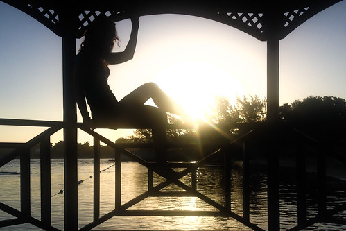 silhouette sunrise gazebo jamaica montegobay selftimer