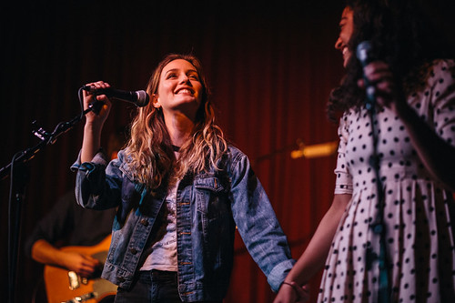 Leighton Meester @ The Hotel Cafe, LA - 01/06/2015