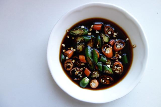Cili padi and soy sauce