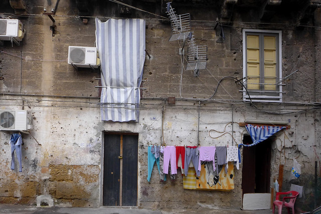 30122014 Palermo street view