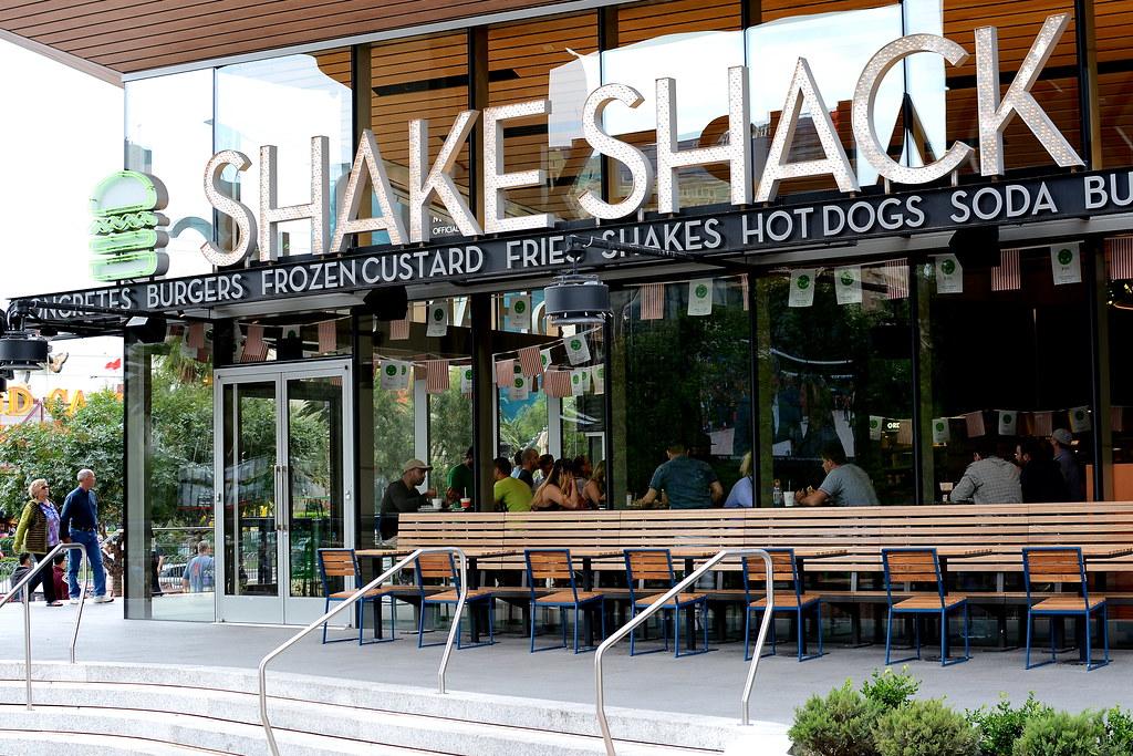 """Résultat de recherche d'images pour """"Shake Shack NEW YORK"""""""