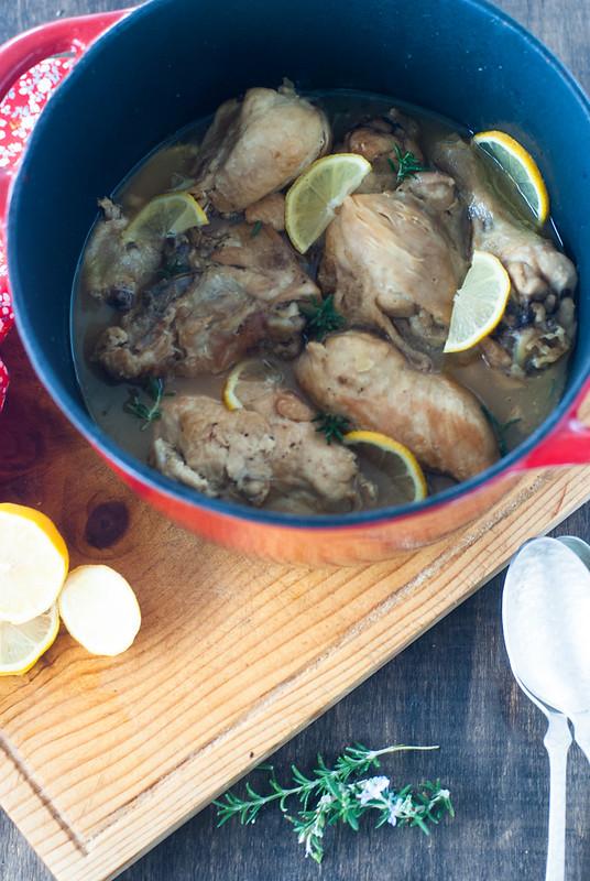 cazuela con limon y romero