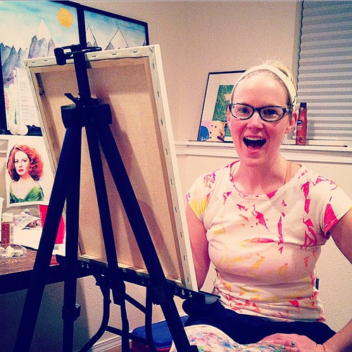 "I finally have an easel like a ""real"" painter! Score! 🎨"