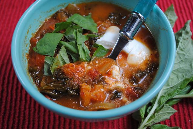 Caprese Tomato Spinach Soup