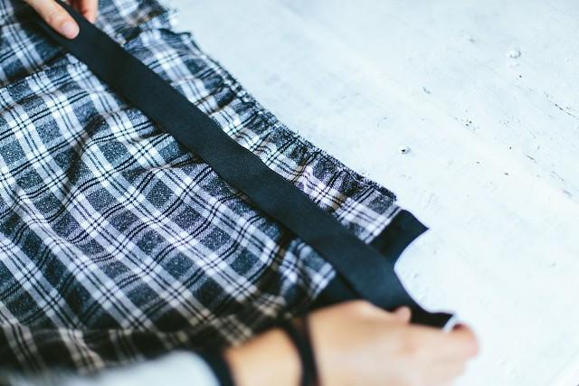 Two piece cropped top and midi skirt www.apairandasparediy.com