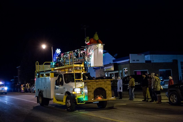 20141205-MountForestChristmasParade-22