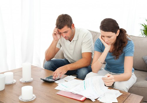 mengurangi hutang