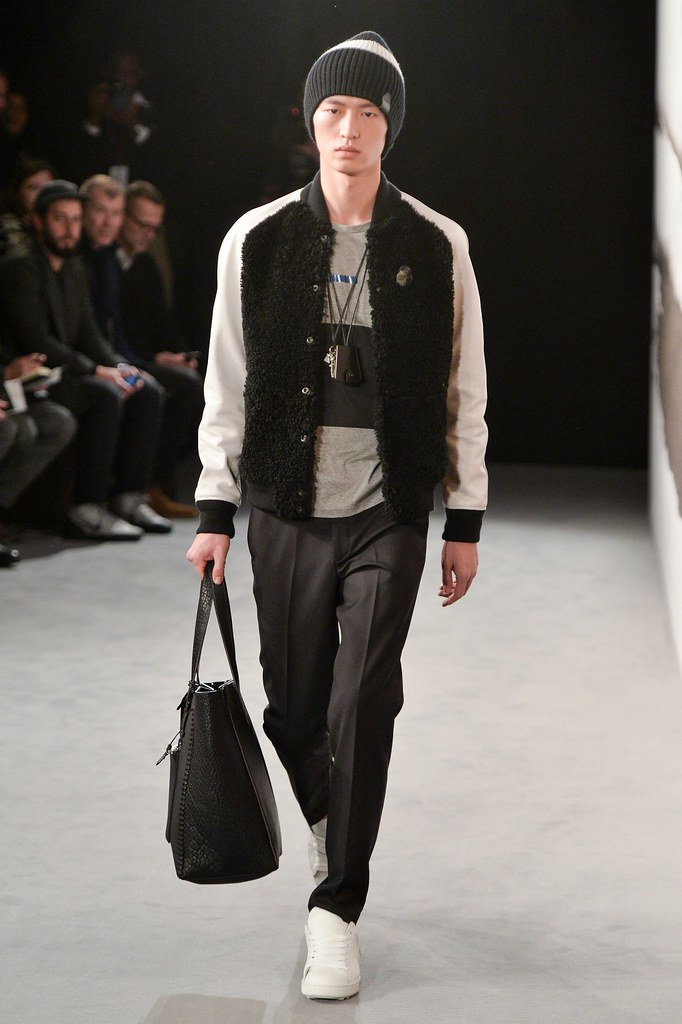 FW15 London Coach008_Jin Dachuan(fashionising.com)