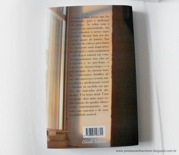 Contracapa e sinopse do livro A garota que tinha medo, Breno Melo