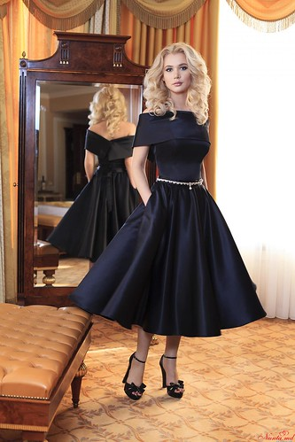 Julia Helena > Candice