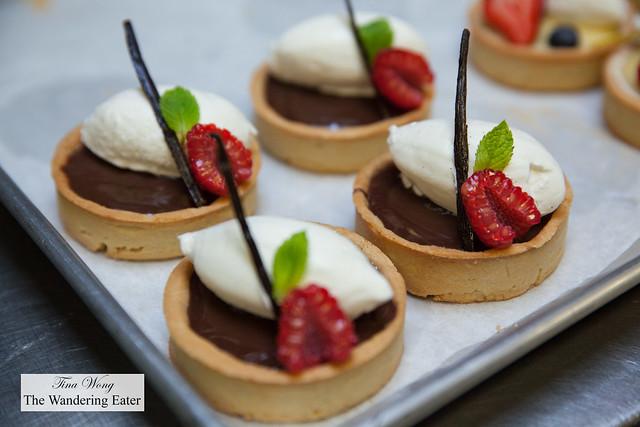 Chocolate raspberry tartlettes