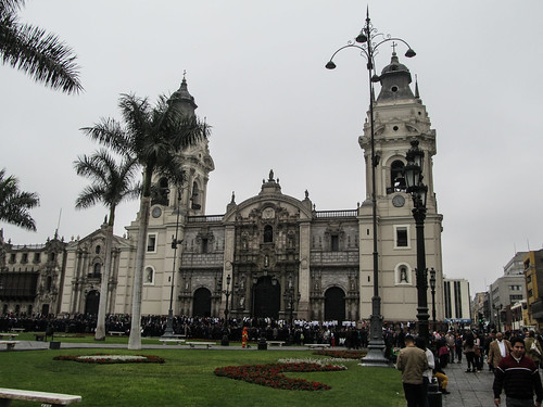 Lima: la Cathédrale de la Plaza Mayor