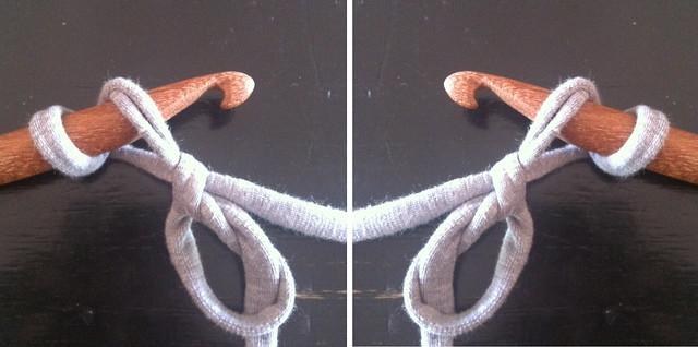 Chainless Double Crochet