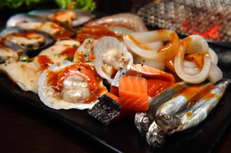 Rocku-Yakiniku-Seafood-Platter