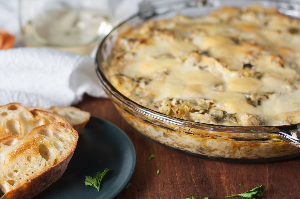 Martha's hot fontina & artichoke dip | A toasty, make ahead, portable party dip #recipe