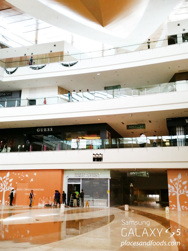 ioi city mall retail outlets