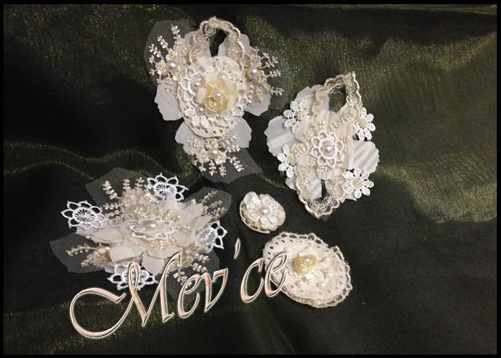Cream Flowers 01