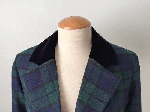 plaid jacket velvet collar