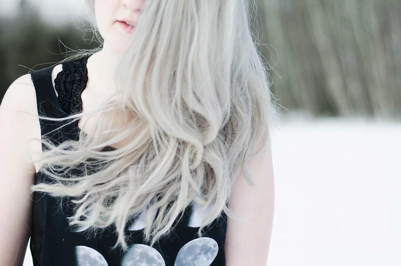 Velvet Bralette Details on juliettelaura.blogspot.com